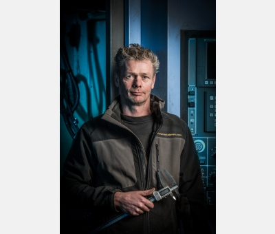 LENNART HOOMOEDT IS  CNC PRODUCTION ENGINEER
